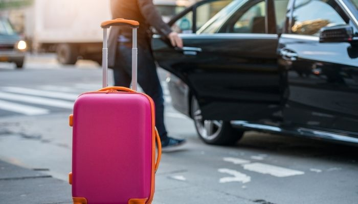 The Best Alternatives To Driving Yourself To the Airport